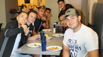 students in the Rattlers Den Food Court