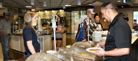 students choose food in the Rattlers Den Food Court